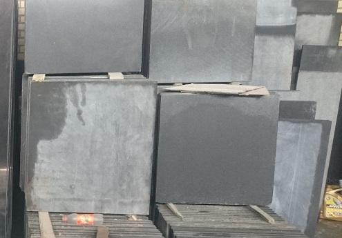 انواع سنگ گرانیت مشکی نطنز
